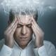 Mann Mit Anfall Von Kopfschmerzen Und Migräne